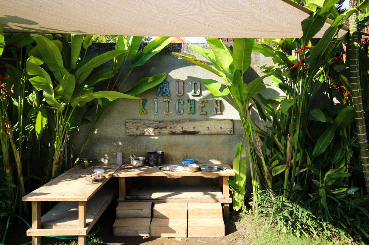bali interiors the garden mud kitchen 2