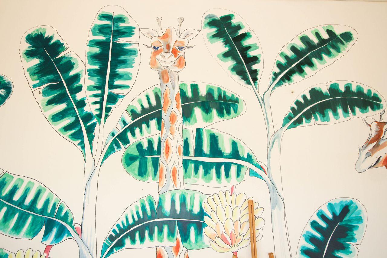 bali interiors the garden giraffe 2