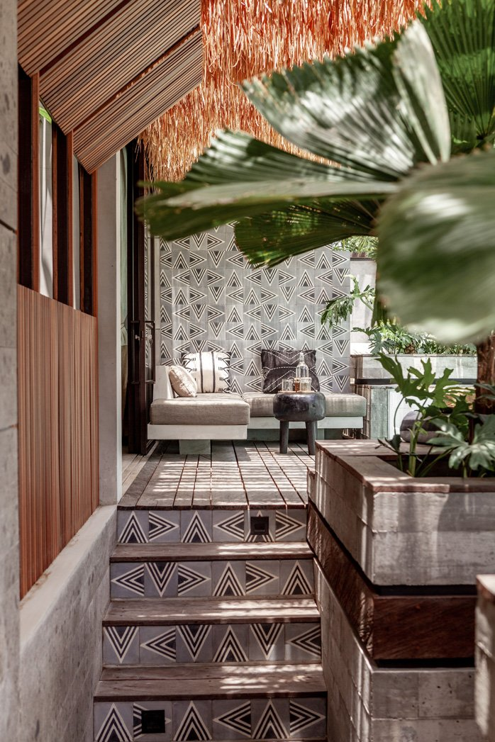 Batukaru suites are absolutely mesmerizing. From the moment you arrive, you are surprised and amazed at how they have integrated architecture and design with the movement and shape of the land to create a seductive dance that only true artists and masters of their craft can achieve.