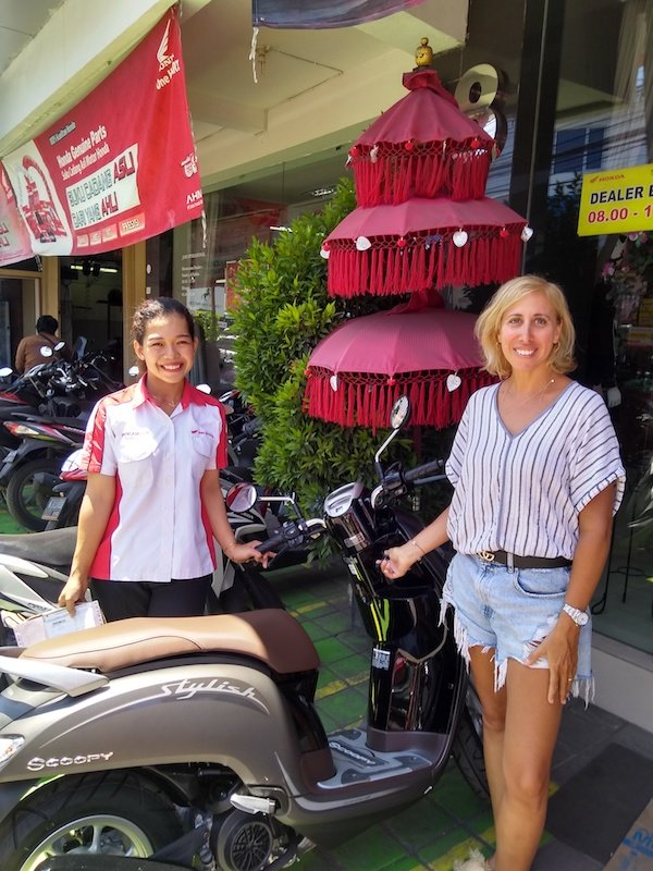 Bali Interiors Build Diary 12 buying a scooter