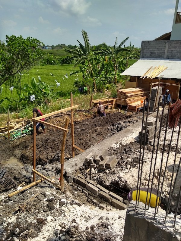 Bali Interiors Build Diary 13 pool foundations