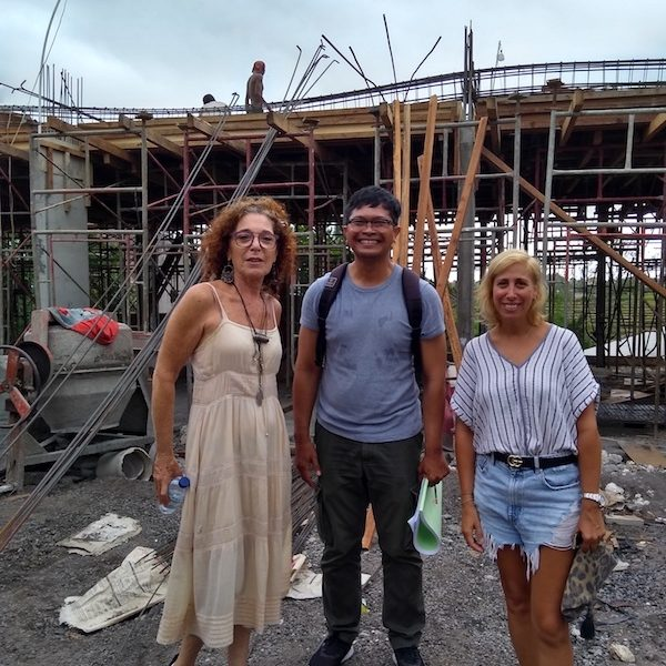 Bali Interiors Build Diary 17 meeting on site