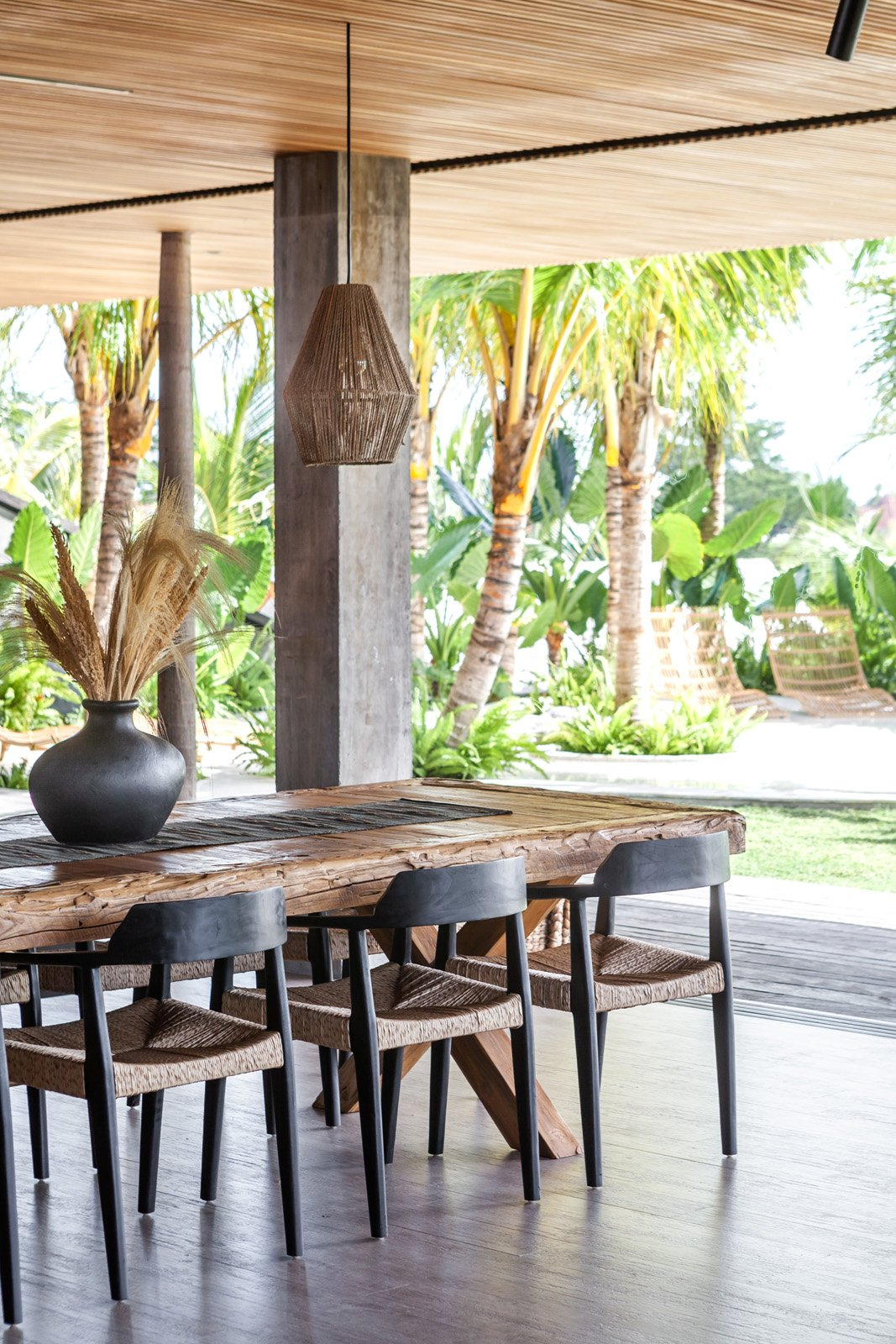 Bali Interiors- Cala Saona Biombo Architects- homes- decor-holiday-architecture