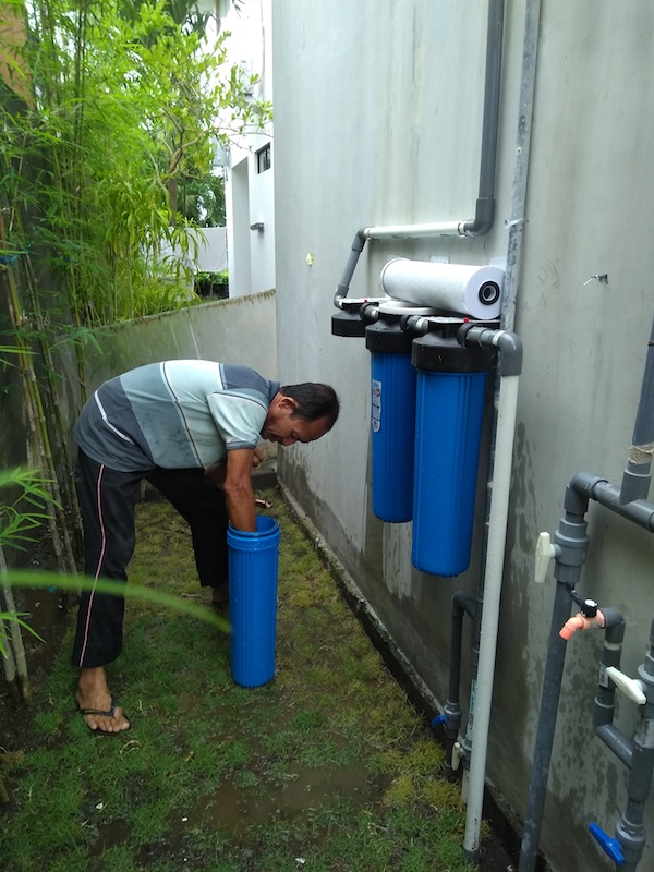Bali Interiors Build Diary 37 pipes and water filter