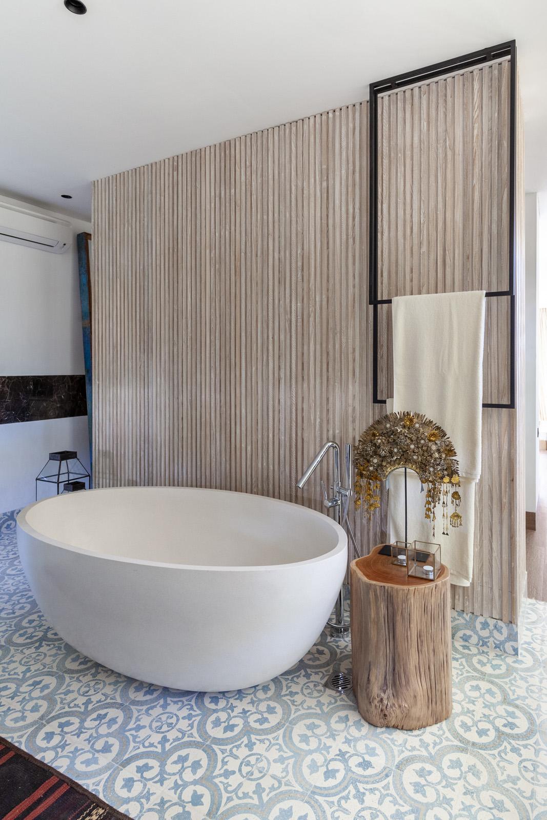 Villa Shahzadi, Sukyf Architects, Bali Interiors, master bedroom